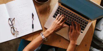 11 Cara Menghasilkan Uang Dari Menulis 18