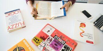 Mengapa Harus Membeli Buku Original? 3
