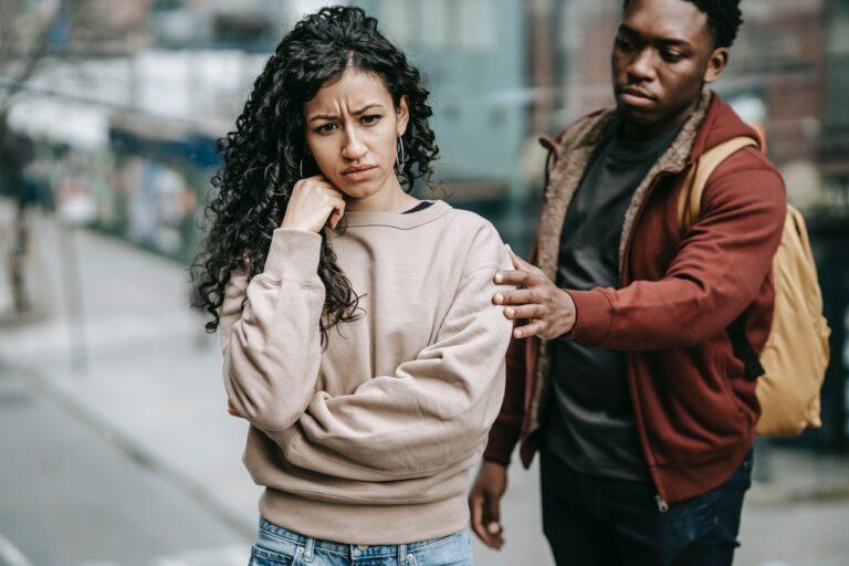10 Tanda Kamu Terjebak Di Dalam Toxic Relationship 1
