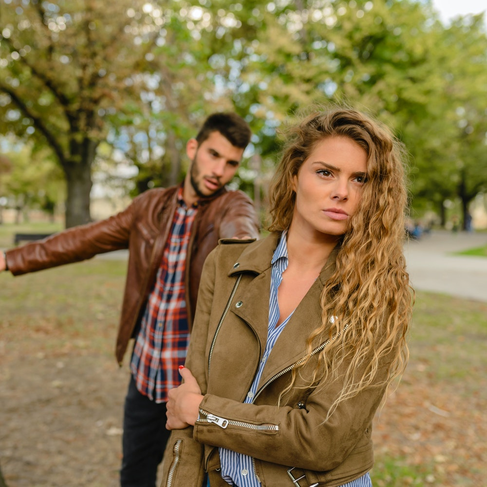 Waspada! 6 Tanda & Cara Mengatasi Orang yang Dengki 5
