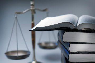 Masyarakat Indonesia dalam Pusaran Hukum Responsif 1
