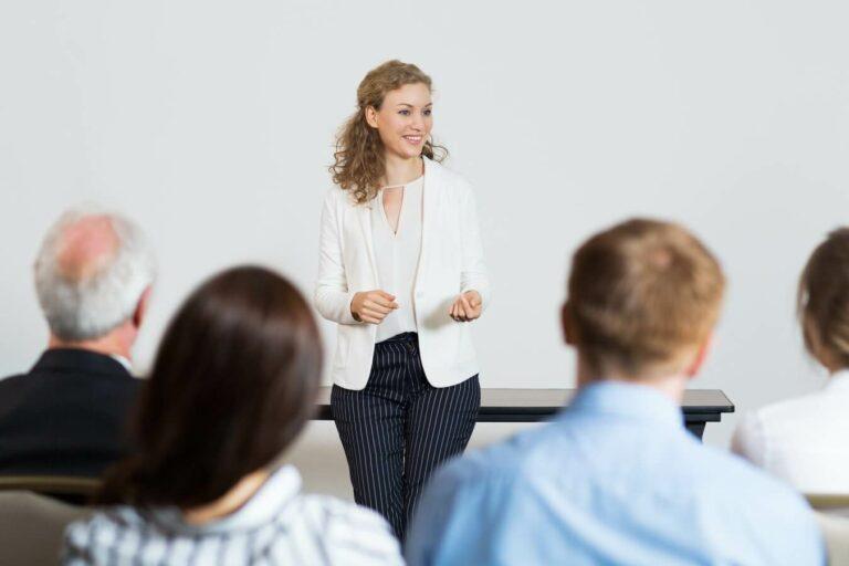 5 Cara Lancar Public Speaking untuk Para Pemula 1