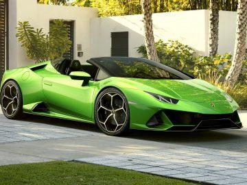 Jenis Mobil Lamborghini Yang Ada di Indonesia 7