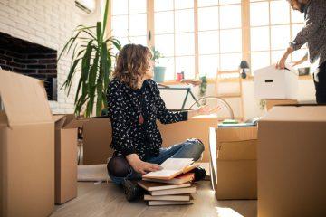 Buat Rumah Lebih Lega dengan Decluttering 3