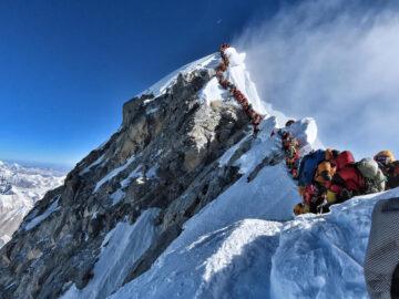 Gunung Tertinggi Di Dunia Ternyata Bukanlah Everest 12