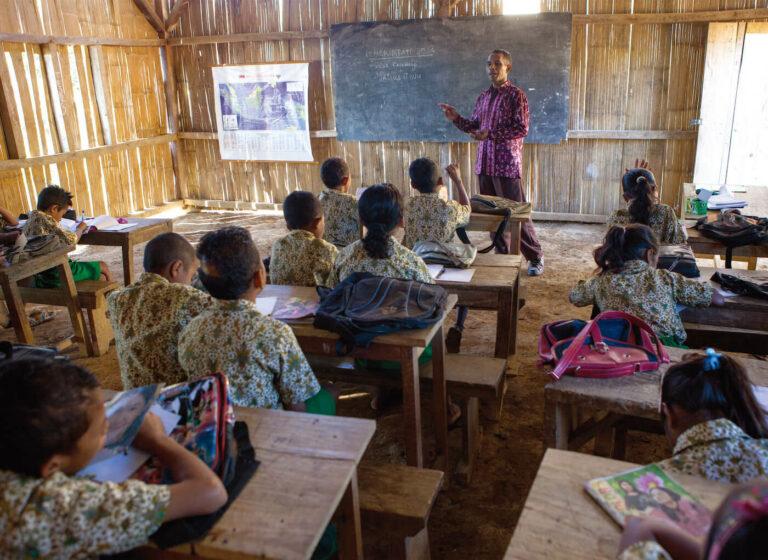 Tantangan Guru Pedesaan Di Masa Pandemi COVID-19 1