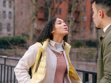 8 Tanda Kamu Harus Segera Mengakhiri Hubungan dengan Pasangan 10