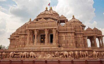 Tiga Karya Seni Rupa Memukau di India 17