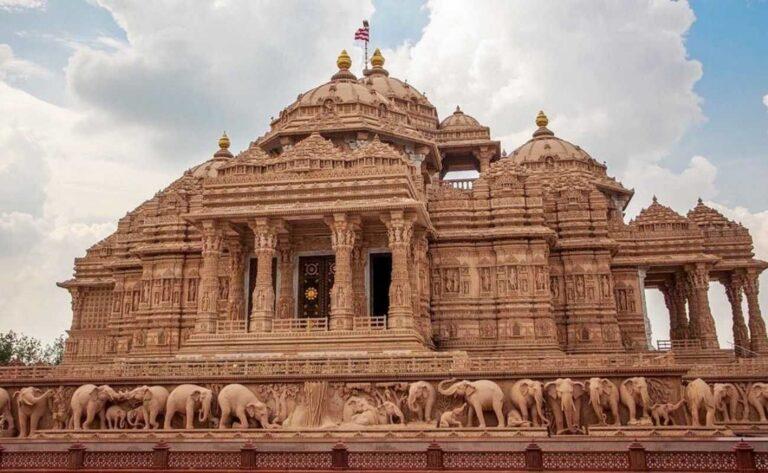 Tiga Karya Seni Rupa Memukau di India 1
