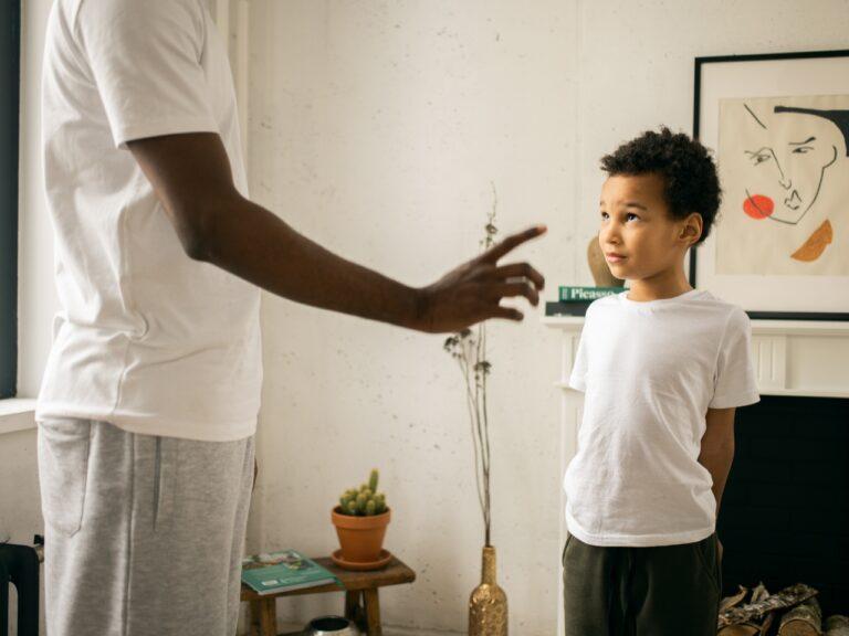 Hati-Hati Pada Pola Asuh Toxic Parenting, Karena Dapat Berpengaruh Bagi Kesehatan Mental Anak 1