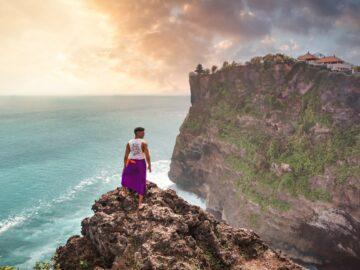 4 Tempat Wisata Pura Populer di Bali 12