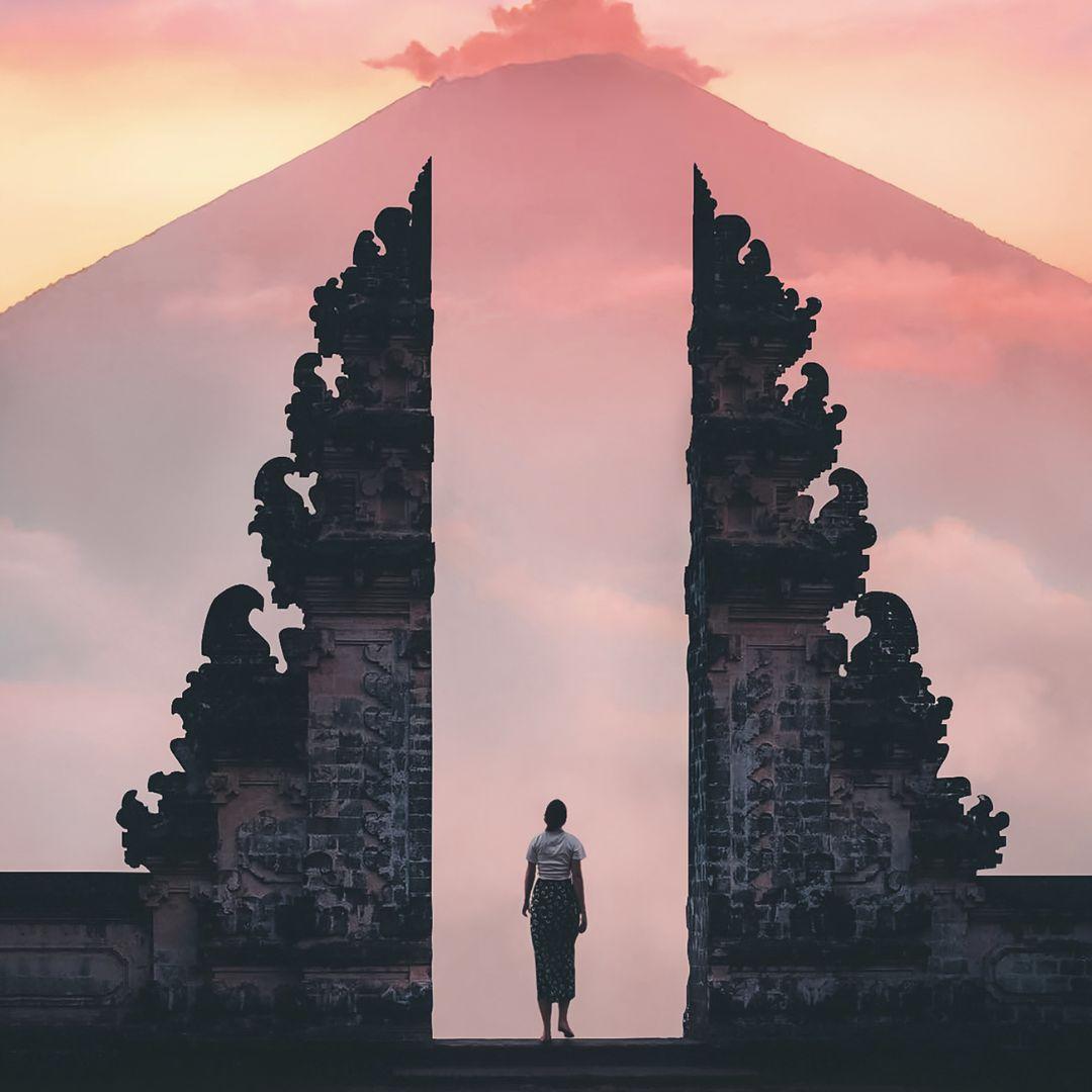 4 Tempat Wisata Pura Populer di Bali 6