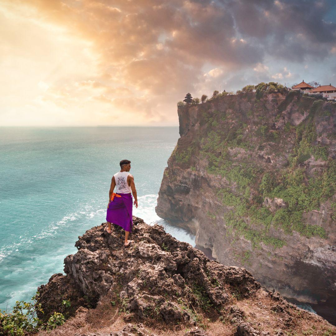 4 Tempat Wisata Pura Populer di Bali 3