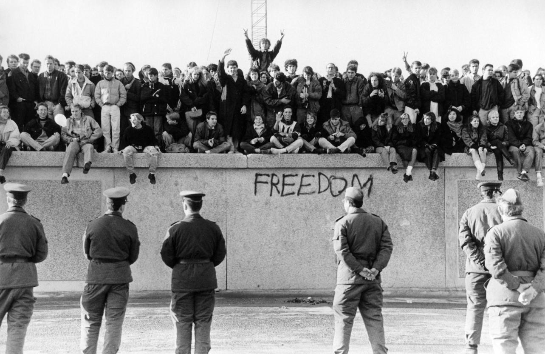 13 Agustus Sejarah Lahirnya Tembok Berlin 3