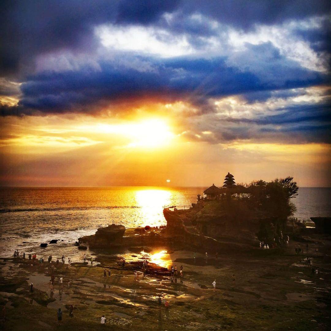 4 Tempat Wisata Pura Populer di Bali 4