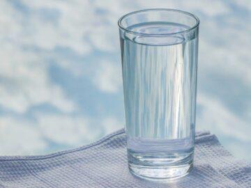 Penting Gak sih Minum Air Putih? 3