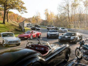 Koleksi Mobil Klasik Membawa Nuansa Nostalgia 11