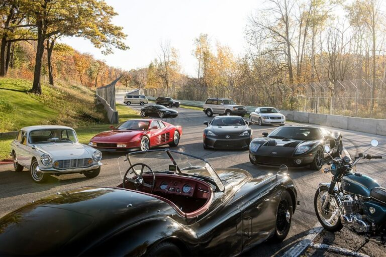 Koleksi Mobil Klasik Membawa Nuansa Nostalgia 1