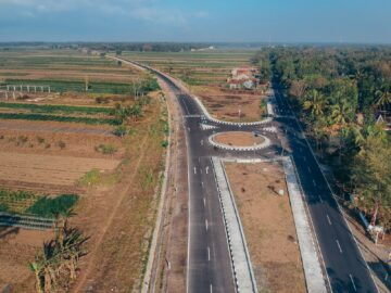 Potret Jalur Daendels Petanahan Mirip Jalan Tol 9