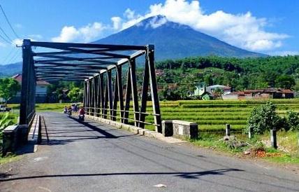 Jembatan Cimanuk kini