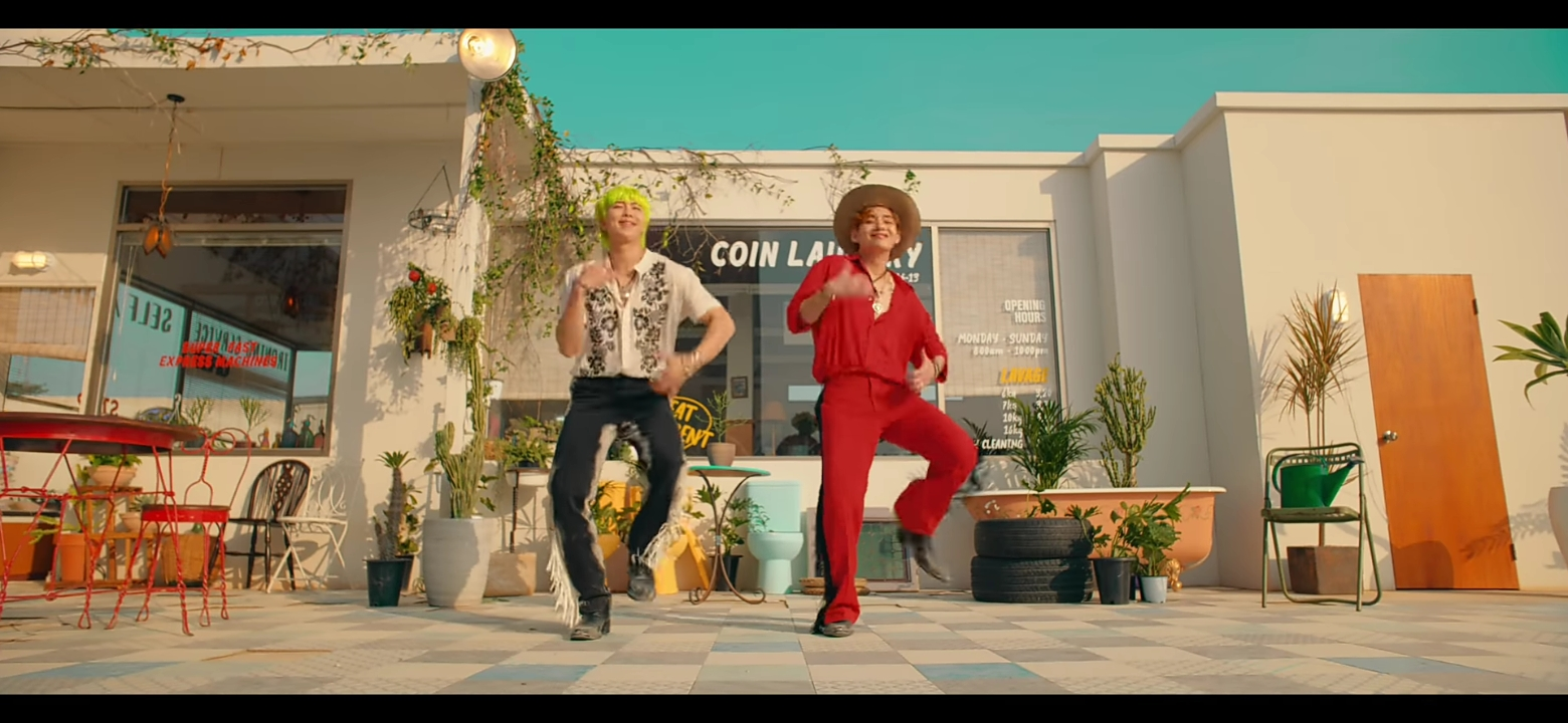BTS Permission To Dance: Makna Lagu dari Bahasa Isyarat hingga Teori Cover 3