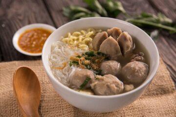 MURAH! 4 Makanan Berkuah Ini Enak Dikonsumsi Saat Flu Melanda 1