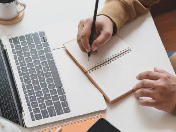 Manfaat yang Akan Kamu Dapatkan dengan Menulis! 6