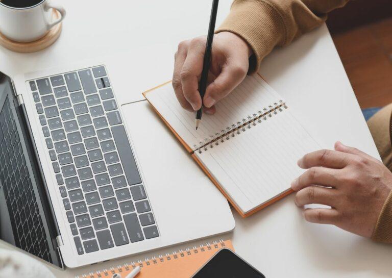 Manfaat yang Akan Kamu Dapatkan dengan Menulis! 1