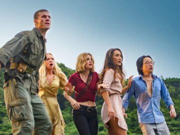Fantasy Island (2020) Movie Review 13