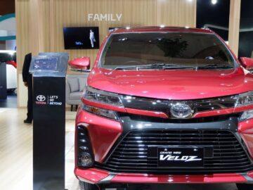 Toyota Avanza Veloz Facelift Terbaru 7