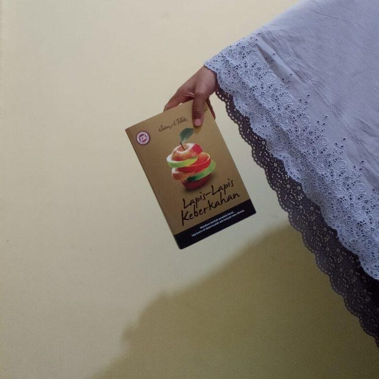 Bersusun-susun Rasa Surga Dalam Buku Lapis-Lapis Keberkahan 1