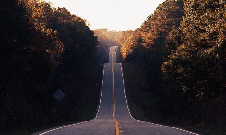 Mengapa Jalan Tidak Lurus Namun Berbelok-Belok 1