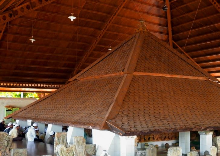 Makam wali songo Sunan Bonang di Tuban, Jawa Timur