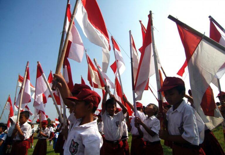 Sistem Pendidikan di Indonesia. Bukannya Membantu Sukses Malah Membuat Stres. Benarkah? 1
