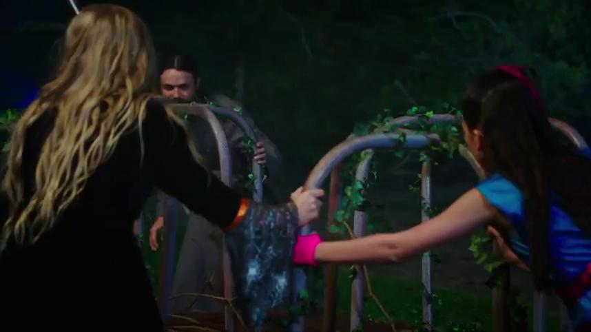 Petualangan Anastasia di Anastasia: Once Upon A Time 2019 5