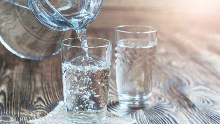 Bahayanya Minum Air Putih Sebelum Tidur 1
