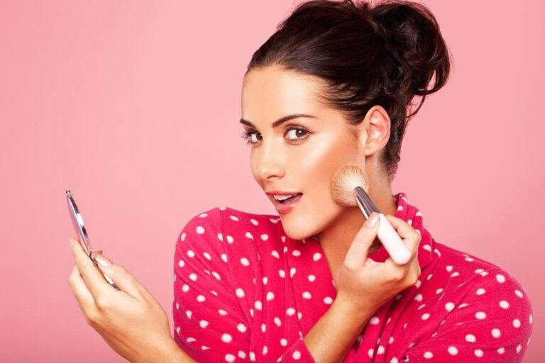 4 Rekomendasi Brand Makeup Murah 1