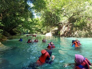 Wisata: Menjelajah Sungai Citumang 6