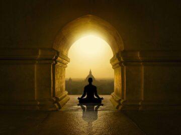 Belajar Mengalami Pencerahan Yang Membebaskan Dari Buddhisme 3