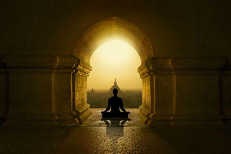 Belajar Mengalami Pencerahan Yang Membebaskan Dari Buddhisme 1