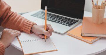 Menggali Tips Menulis Cerpen yang Menarik 5