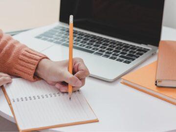 Menggali Tips Menulis Cerpen yang Menarik 8