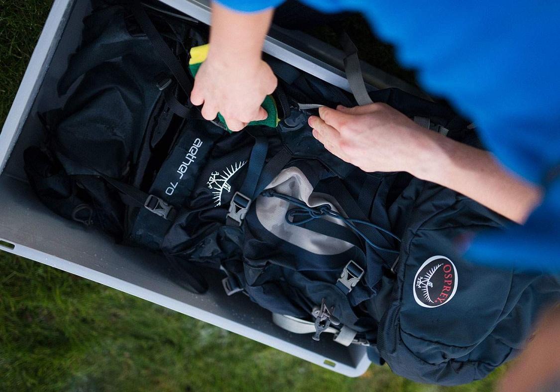 Simpan carriel yang telah dibersihkan dalam wadah anti air seperti plastik, atau lebih baik lagi kontainer. (photo: dok.osprey)