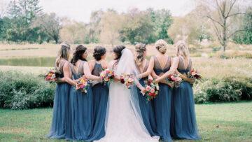 5 Hal yang Perlu Kamu Lakukan Saat Menjadi Bridesmaid di Pernikahan Sahabatmu 8