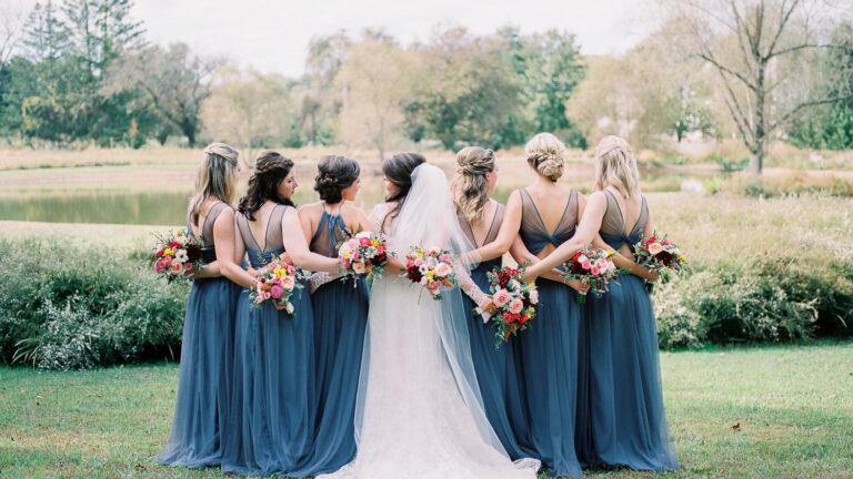 5 Hal yang Perlu Kamu Lakukan Saat Menjadi Bridesmaid di Pernikahan Sahabatmu 1