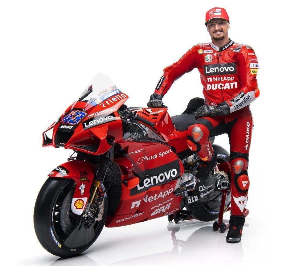 Dua Pembalap Tim Ducati Lenovo Team MotoGP 2021 6