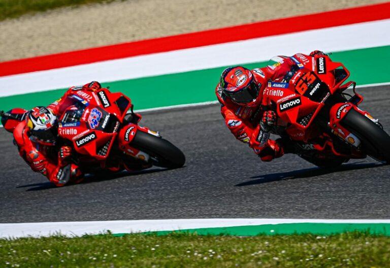 Dua Pembalap Tim Ducati Lenovo Team MotoGP 2021 1