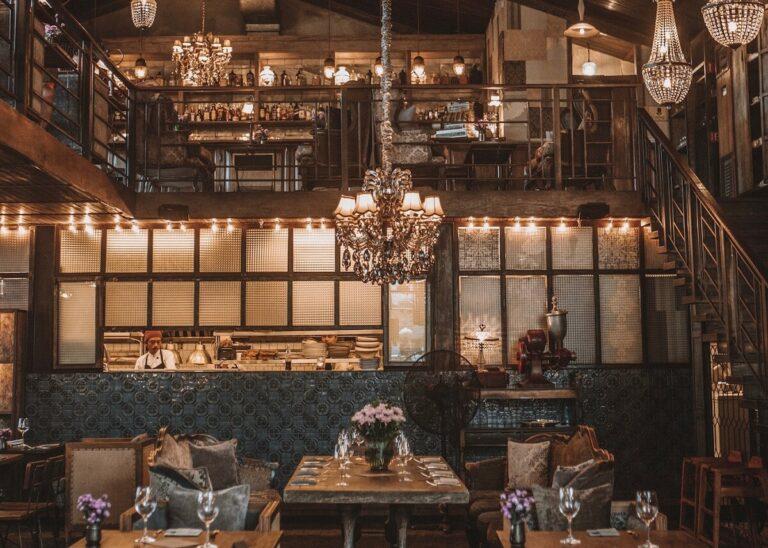 Desain dalam Pembuatan Vintage Restaurant 1