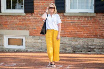 5 Minimalist Outfits Ideas, Cocok Untuk Cewek yang Gak Suka Ribet! 1