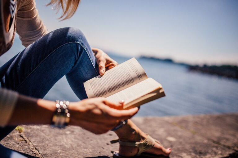 Nih Sebutan Buat Para Pecinta Buku. Kamu yang Mana? 1